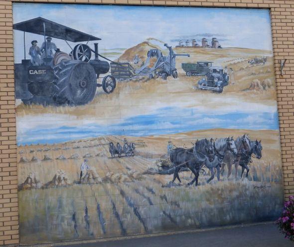 Pioneer Harvest mural - Trochu, Alberta