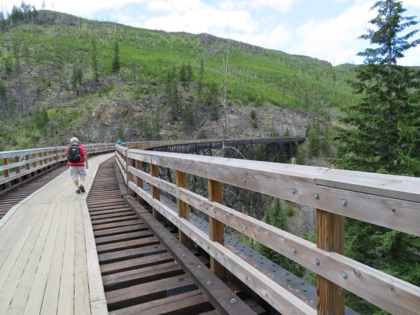 Curving Trestle - Myra Canyon, B.C. (Photo © 2016 by V. Nesdoly)