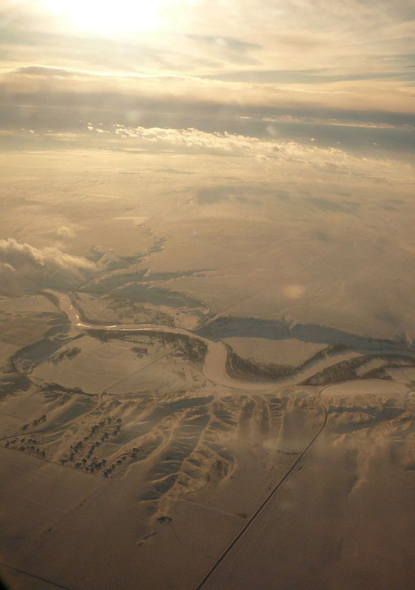 Unnamed Alberta river seen from the air