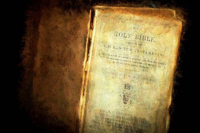 bible-816058_640