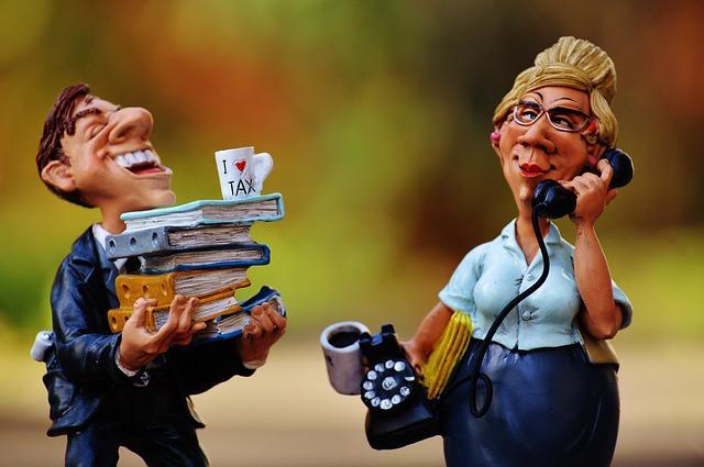 tax-consultant-1050826_640